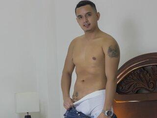 DominikMontana livesex pics webcam