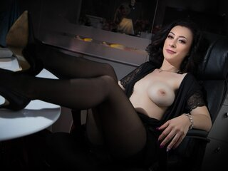 ClariseEden show naked cam